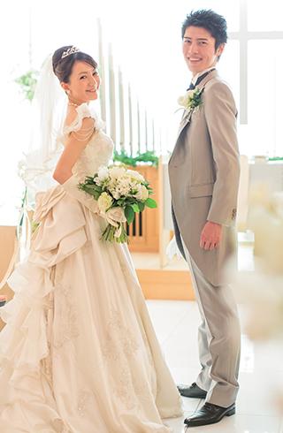 チャペルで2人だけの結婚式